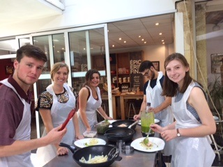 Bordeaux_students cooking